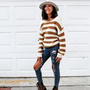 🚨//The Cinnamon// Yellow stripe Sweater